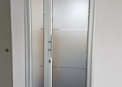 Double hinged door Natural
